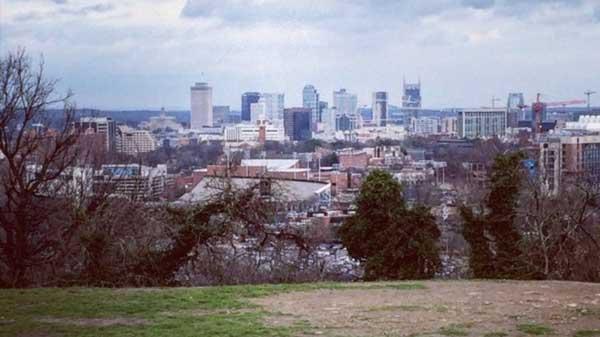 Sightseeing in Nashville - Love circle
