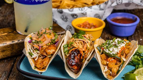 Tacos and cocktails nashville
