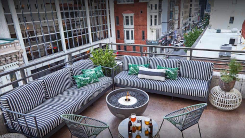 Rooftop Seating Bars in Nashville